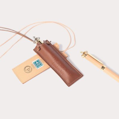 【新商品】ライフスタイル雑貨 エンベロープ ネックペンホルダーのご紹介